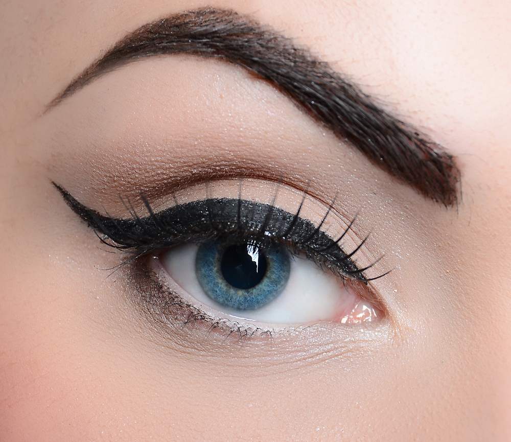 The Perfect Winged Liner Look