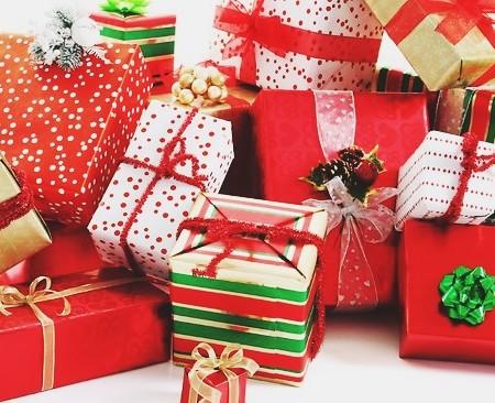 A Stylish Gal Christmas Gift Guide