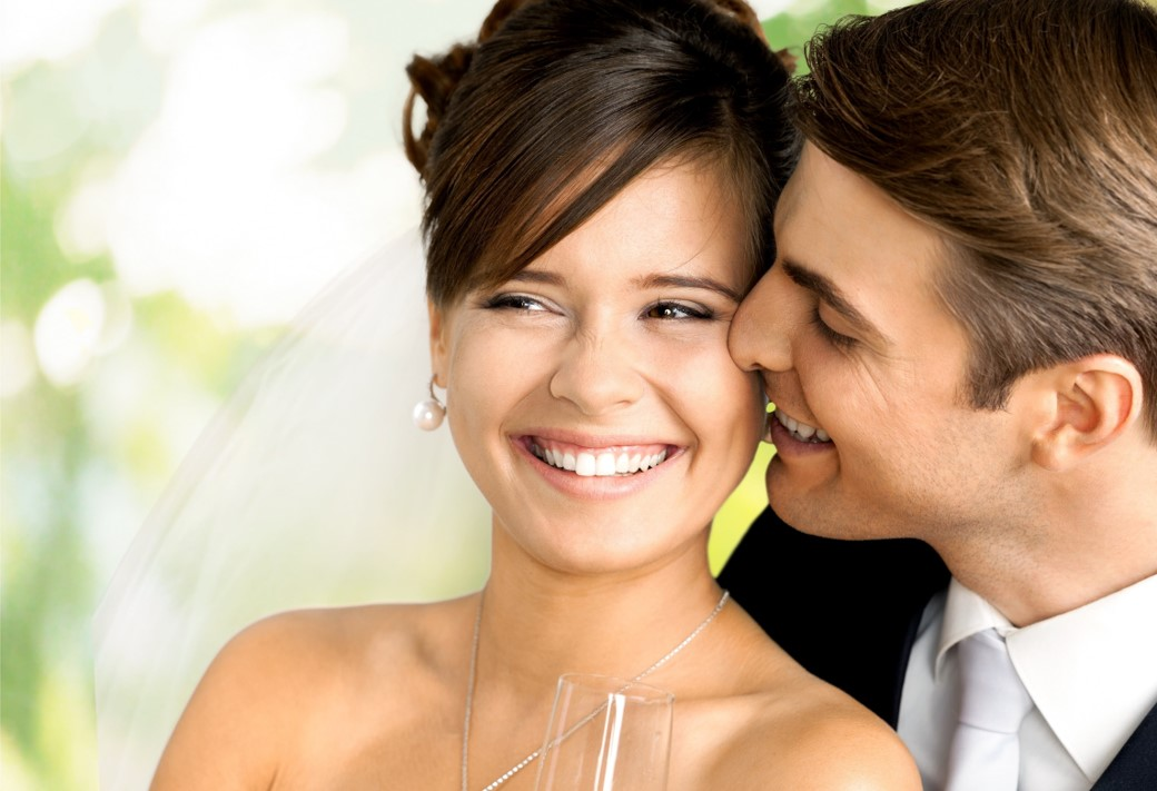 11 Wedding Day Beauty Items For The Upcoming Bride
