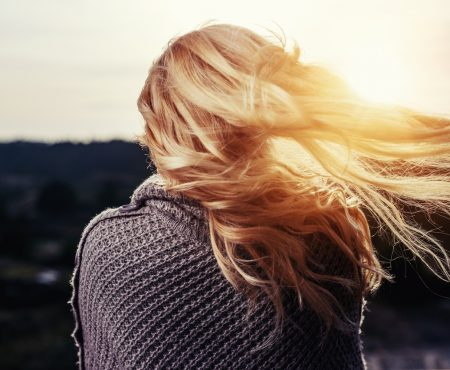 5 Tips To Take Good Care Of Your Hair This Fall