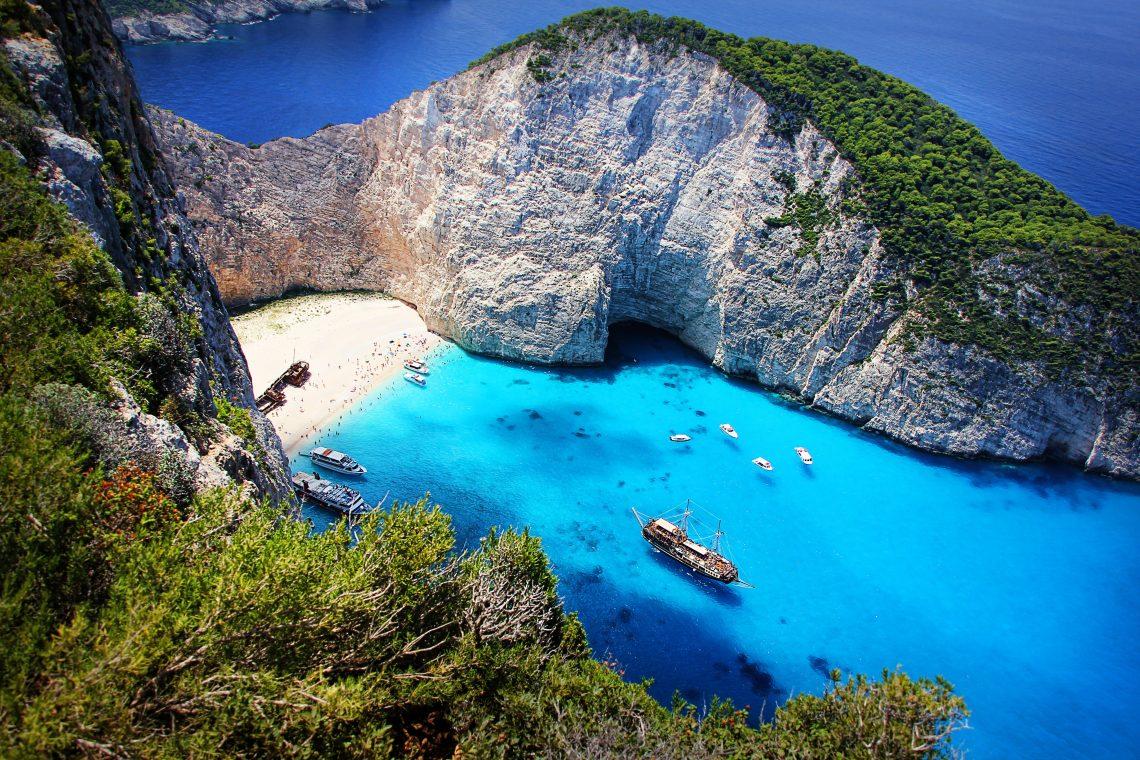 5 Must-See Greek Islands