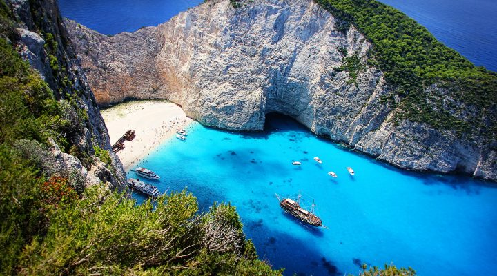 5 Must-See Greek Islands