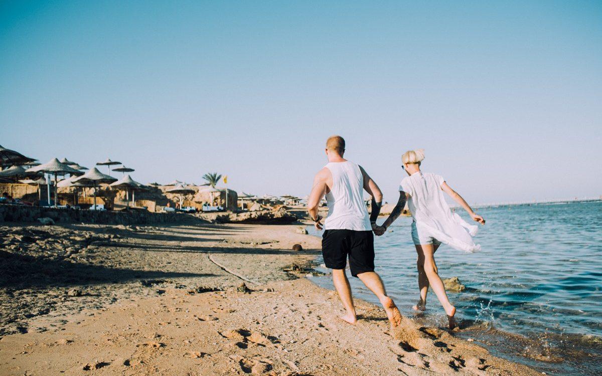 How to Plan a No-Stress Honeymoon