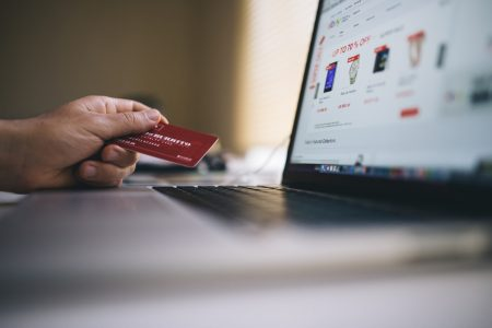 How to Choose a Credit Card According to Your Needs