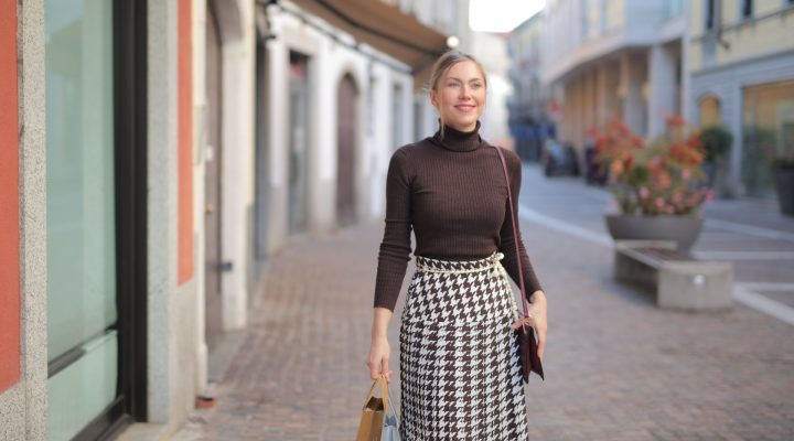 Rushing For Work? 6 Items For An Effortless Outfit